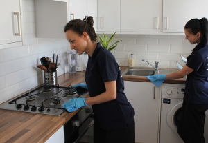 End of tenancy cleaning Essex Road N1