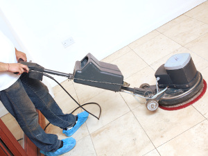 Hard floor cleaning Lansbury E14
