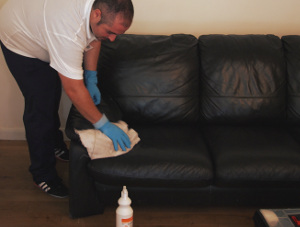 upholstery cleaning Lesnes Abbey SE2